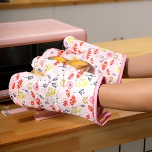 Перчатки для микроволновой печи с цветочным принтом 1шт SHEIN. Цвет: многоцветный