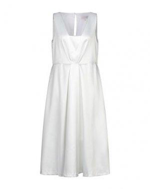 Платье длиной 3/4 CLOSET. Цвет: белый