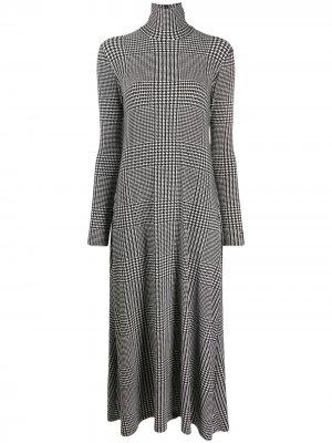 Клетчатое платье с высоким воротником Norma Kamali. Цвет: черный