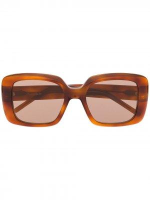 Массивные солнцезащитные очки в оправе черепаховой расцветки Pomellato Eyewear. Цвет: коричневый