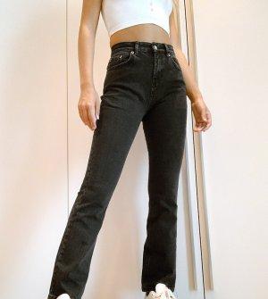 Черные эластичные расклешенные джинсы с завышенной талией в стиле 70-х ASOS DESIGN Petite-Черный цвет Petite