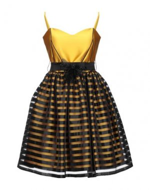 Короткое платье ROMEO GIGLI PLUS. Цвет: желтый
