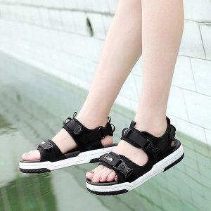 Спортивные сандалии с текстовым принтом пряжкой SHEIN. Цвет: чёрный