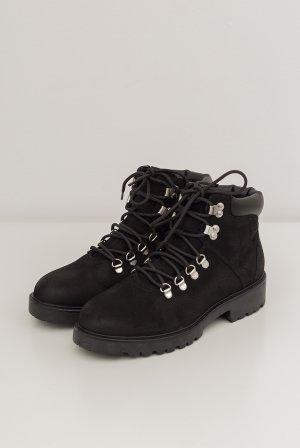 Ботинки VAGABOND Kenova. Цвет: черный