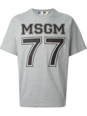 Футболки и жилеты MSGM. Цвет: серый