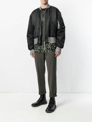 Куртка-бомбер с кольчужными вставками KTZ. Цвет: черный