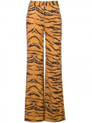 Брюки прямого кроя с тигровым принтом Adam Lippes. Цвет: оранжевый