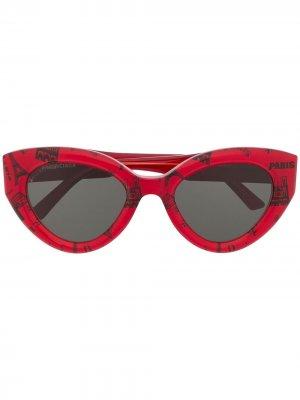 Paris print butterfly sunglasses Balenciaga Eyewear. Цвет: красный