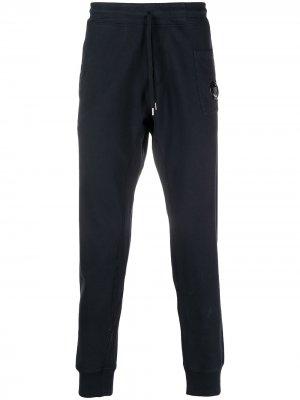 Спортивные брюки с нашивкой-логотипом C.P. Company. Цвет: синий
