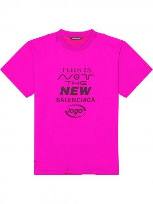 Футболка с надписью Balenciaga. Цвет: розовый
