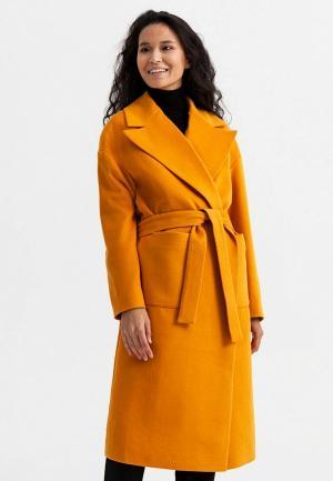 Пальто Ligio. Цвет: оранжевый