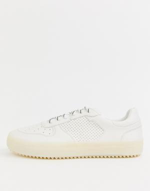 Белые кроссовки на резиновой подошве Bershka. Цвет: белый