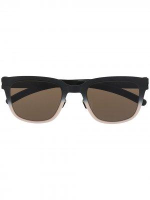 Солнцезащитные очки трапециевидной формы Mykita. Цвет: черный