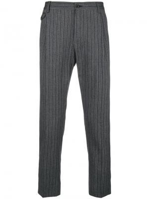 Классические брюки в полоску Dolce & Gabbana. Цвет: серый