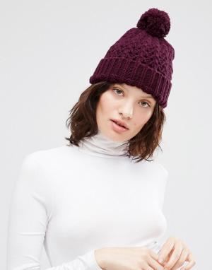 Ажурная шапка крупной вязки с помпоном Johnstons. Цвет: фиолетовый