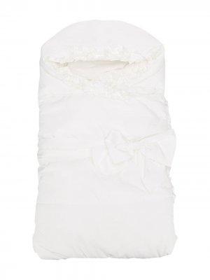 Конверт для новорожденного с оборками Aletta. Цвет: белый