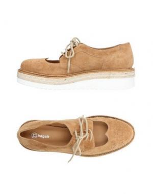 Обувь на шнурках BAGATT. Цвет: песочный