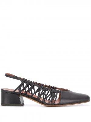 Плетеные туфли Cross с ремешком на пятке Michel Vivien. Цвет: черный